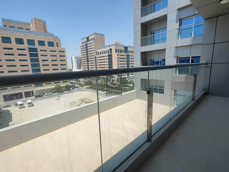 2 12 Cheques | Brand New | Unfurnished | Vacant