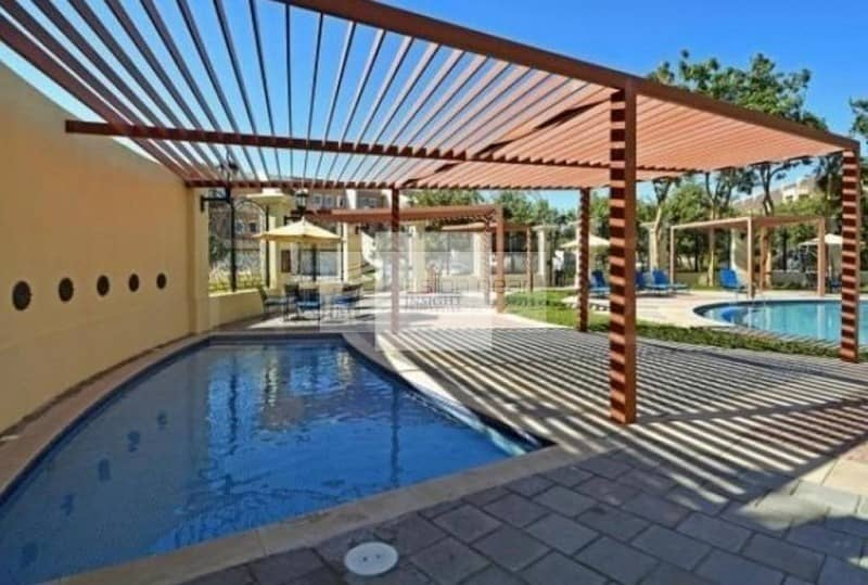 10 Spacious 2BR | Pool and Garden View | Fully Fitted