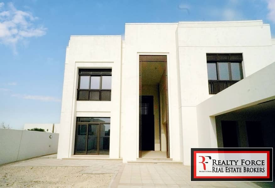 2 CLOSE TO LAGOON|6BR MODERN ARABIC|VACANT ON TRANSFER
