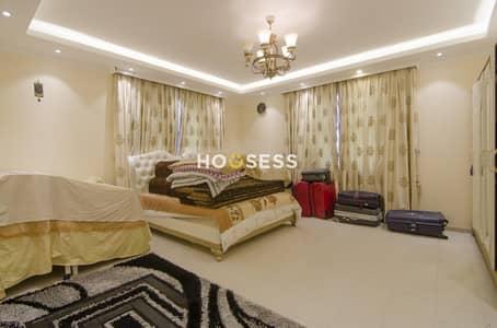 فیلا 5 غرف نوم للبيع في دبي لاند، دبي - Spacious 5BR+Maids Villa | Private Garden