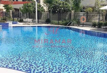 3 Bedroom Villa for Sale in Al Salam Street, Abu Dhabi - LARGE UNIT! PERFECT LOCATION!