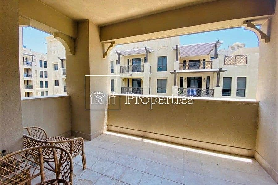 1 FULLY FURNISHED | CLEAN | LARGE TERRACE