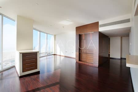 2 Bedroom Flat for Rent in Downtown Dubai, Dubai - Furnished | Luxury Unit | Fountain Views