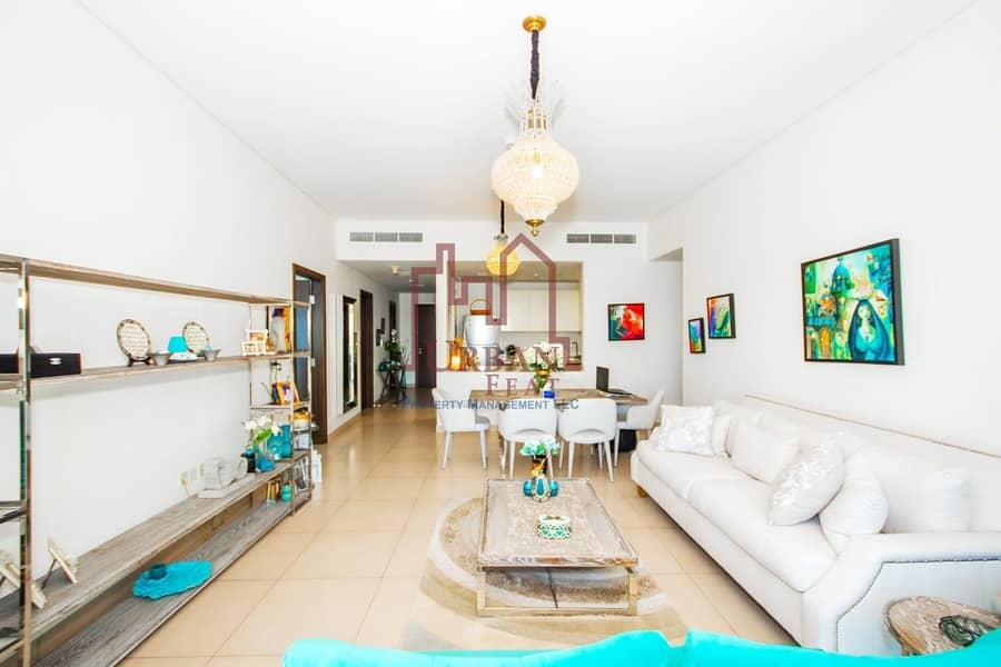 Fully furnished huge layout 3BR w/ 2chqs
