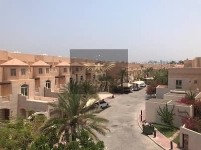 4 Bedroom Villa for Rent in Al Raha Golf Gardens, Abu Dhabi - Modified Villa with Pool! Ready to move in!