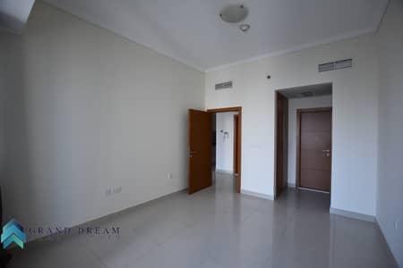 فلیٹ 2 غرفة نوم للايجار في دبي مارينا، دبي - Superb Offer | Well Kept 2BHK | High Floor | Sea View