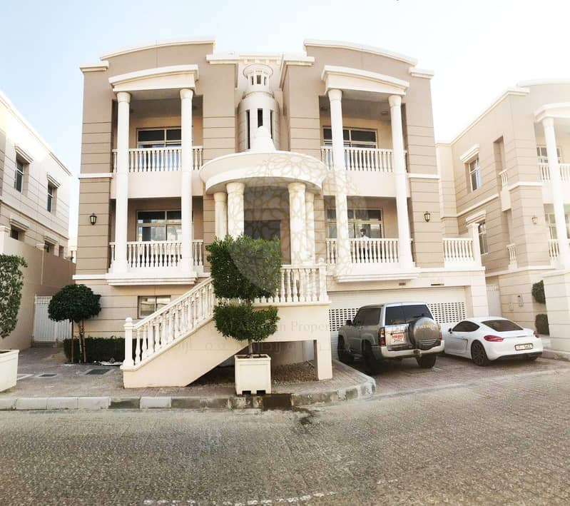 SUPER DELUXE & LUXURIOUS 5 BEDROOM TOWN HOUSE VILLA FOR RENT IN FORSAN COMMUNITY