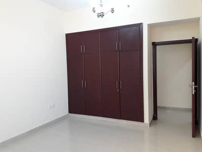 spacious 1 bhk with 2 bathroom + laundry room all facilities near carrefour