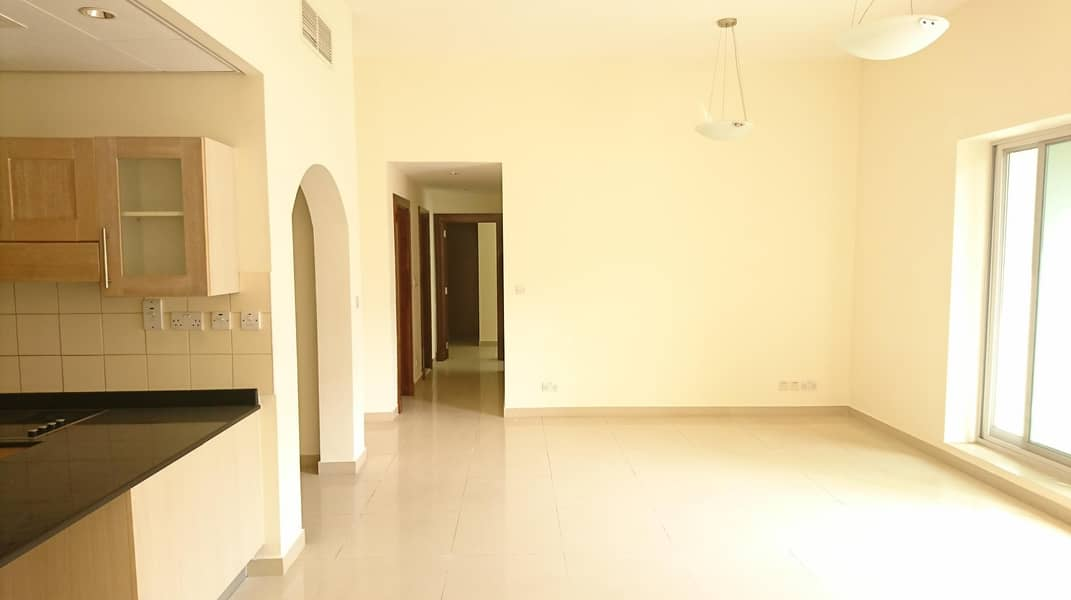 Spacious 2 Broom at Westside Marina Tower | 70k 6chqs