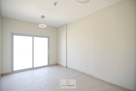 استوديو  للايجار في قرية جميرا الدائرية، دبي - Spacious I Builtin Kitchen Appliances I Modern Finishing