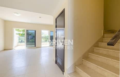 تاون هاوس 3 غرف نوم للايجار في المدينة العالمية، دبي - Single Row Townhouse