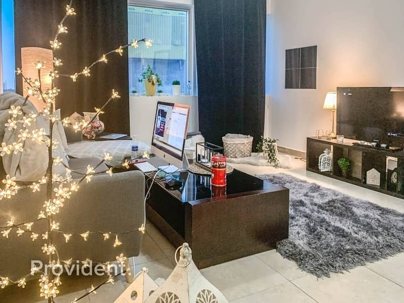 2  Beautiful One Bedroom in Dubai Marina