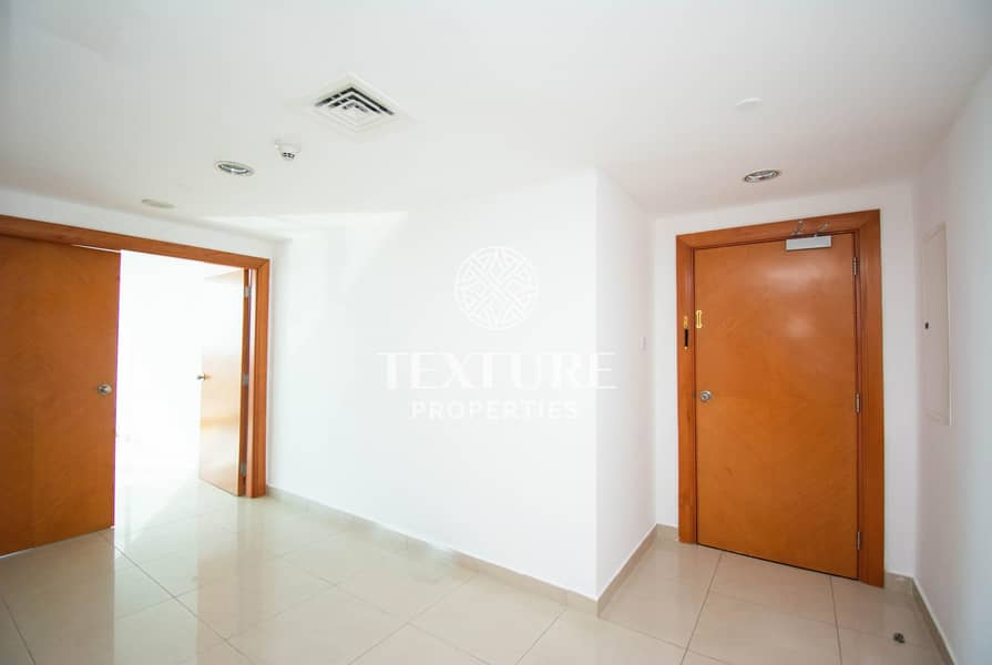 2 High Floor | Chiller & Maintenance Free | Near to Metro Station