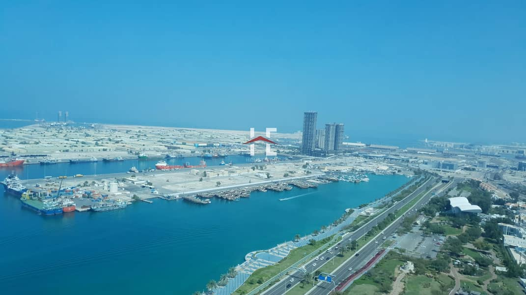 45 Mesmerizing Sea view| 3BHK| Huge Balcony