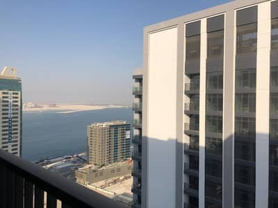 3 Bedroom Apartment for Rent in Al Reem Island, Abu Dhabi - Neat Apartment + Sea View+Kitchen Island+Wardrobes