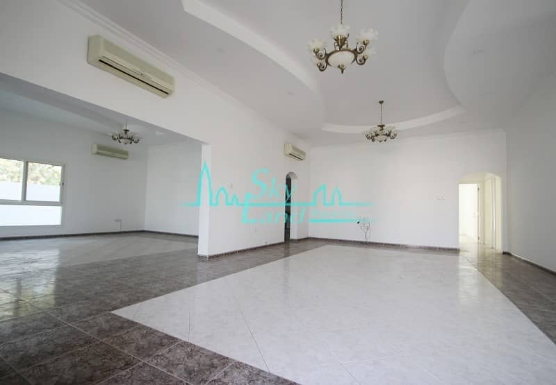 20 Very spacious one story 3 bed villa|Private Pool|Large Garden
