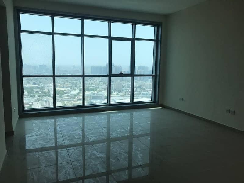 فيلا دوبلكس (ثلاثة وصالة ) تري البحر كاملا ___أجمل شقة في عجمان