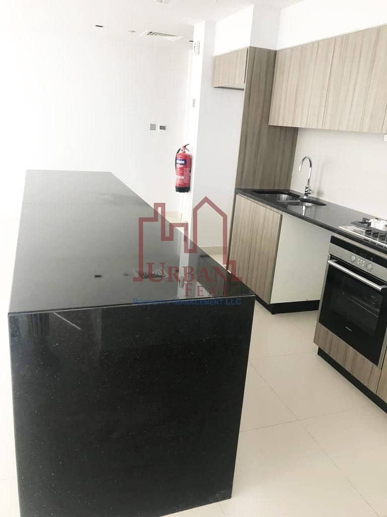 16 Negotiable 3BR+Utility room  w/ sea view