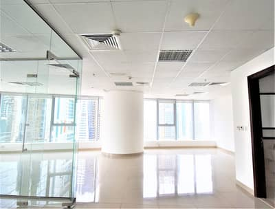 Office for Rent in Jumeirah Lake Towers (JLT), Dubai - Exclusive | Corner Office Space with Pantry and WC