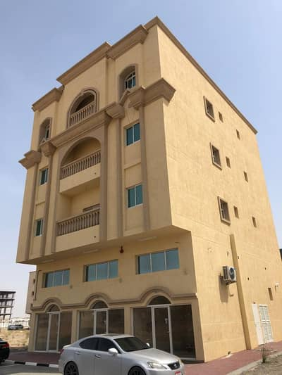 1 Bedroom Flat for Rent in Al Aaliah, Ajman - i have apratment for rent 1 bedroom hall in 2 bathroom 1 month free in al alih ajman