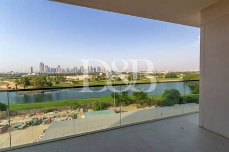 شقة 3 غرف نوم للايجار في التلال، دبي - Full Golf Course View   Floor to Ceiling Windows