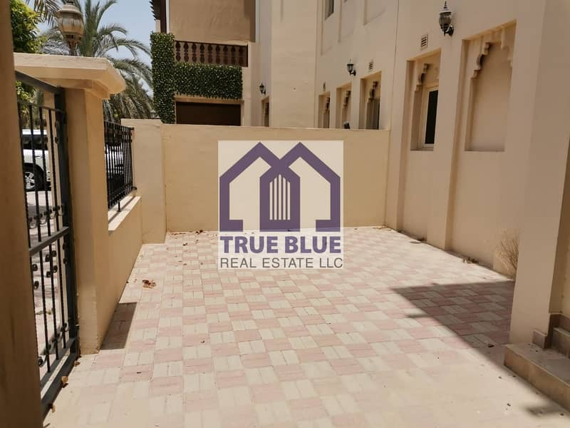 AL HAMRA 3 BR TOWN HOUSE IN PRIME LOCATION