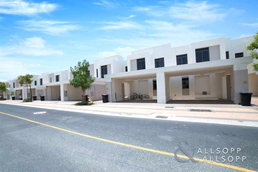 Hyatt | 3 Bedroom Townhouse | Town Square