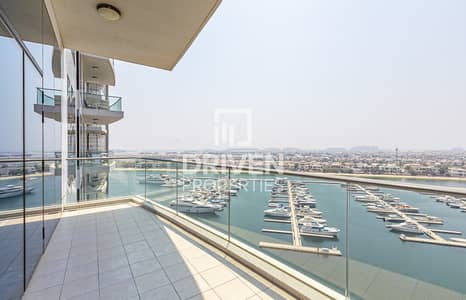 2 Bedroom Apartment for Rent in Palm Jumeirah, Dubai - 2 Bed Apt with Full Sea and Atlantis Views