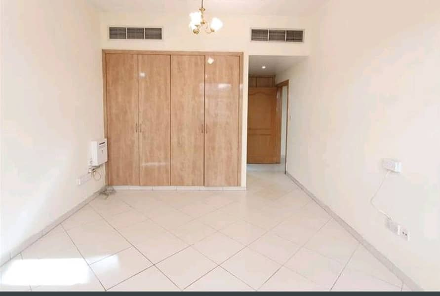 (ONE MONTH GRACE PERIOD ) HUGE 2 BHK BOTH MASTER ROOM (FREE GAS)