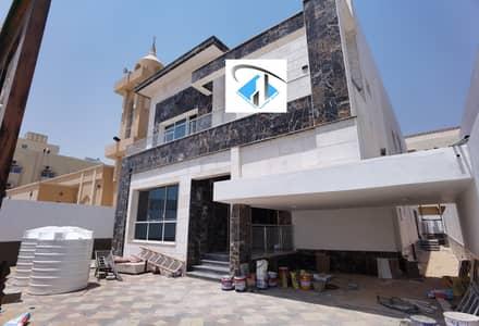فیلا 5 غرف نوم للبيع في الزهراء، عجمان - فيلا  مودرن فخمه ومتميزه مساحة ارض وبناء كبيره لاصحاب الذوق الرفيع قريب جدا من الشارع الجاروبجانب مسجد .