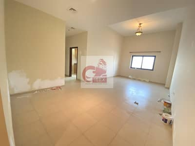 1 Bedroom Apartment for Rent in Bur Dubai, Dubai - Huge Size 1B/R with Balcony Only 40K. All Amenities Available