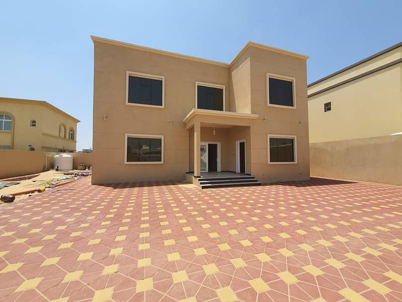 For sale luxury finishing villa in Sharjah Al Ezra area