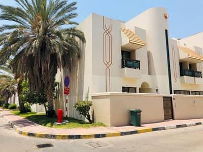 فیلا 4 غرف نوم للايجار في شارع المطار، أبوظبي - فیلا في شارع المطار 4 غرف 150000 درهم - 4678173