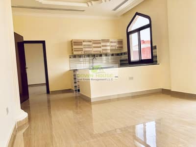 1 Bedroom Flat for Rent in Khalifa City A, Abu Dhabi - Spacious 1 bhk with balcony and private cover parking
