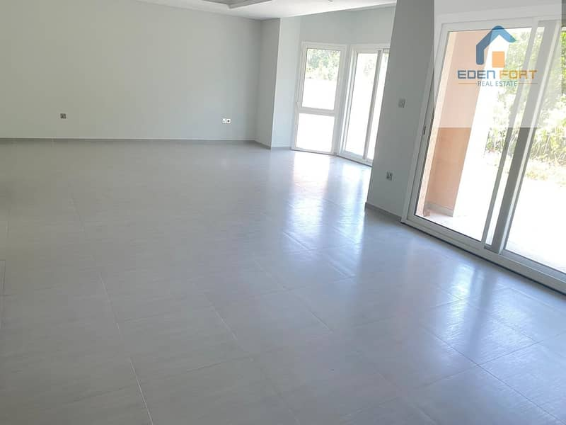 2 Amazing space 4BR Villa|Maid| Ready To Move For 140K