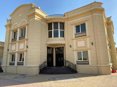 فیلا 6 غرف نوم للبيع في الرحمانية، الشارقة - فيلا بالرحمانيه للبيع مساحه 22 الف قدم عمر 6 سنوات
