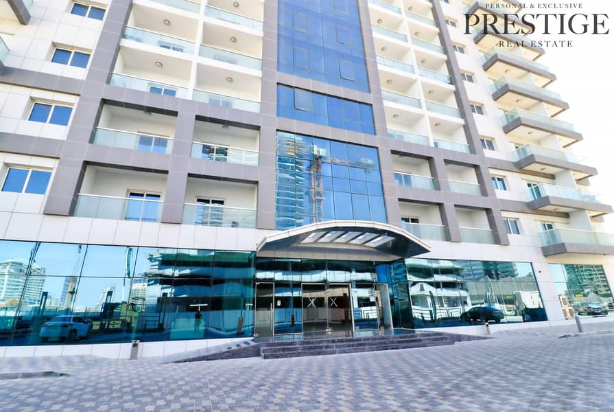10 Studio | Red Residence | Sport s City | Canal area