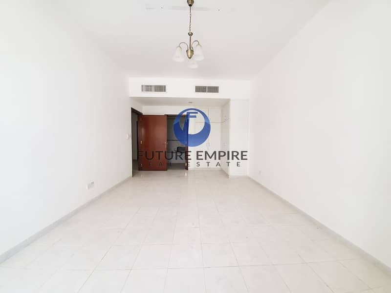 2 Very Huge 2-BR Walking Distance to Metro Station |