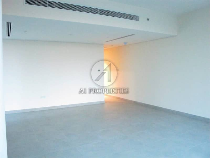 12 Vacant Bright Apartment with Good Layout