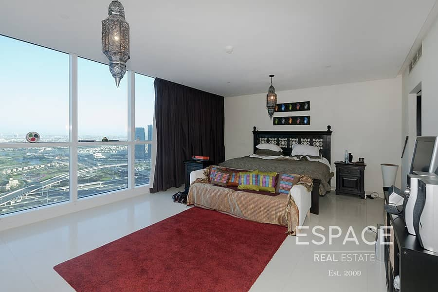 Exclusive Large 3 Bed| Sea and Golf View