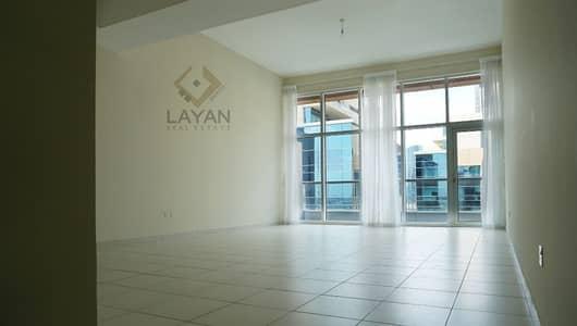 1 Bedroom Flat for Rent in Business Bay, Dubai - High floor / Storage / Balcony / Monthly Contract