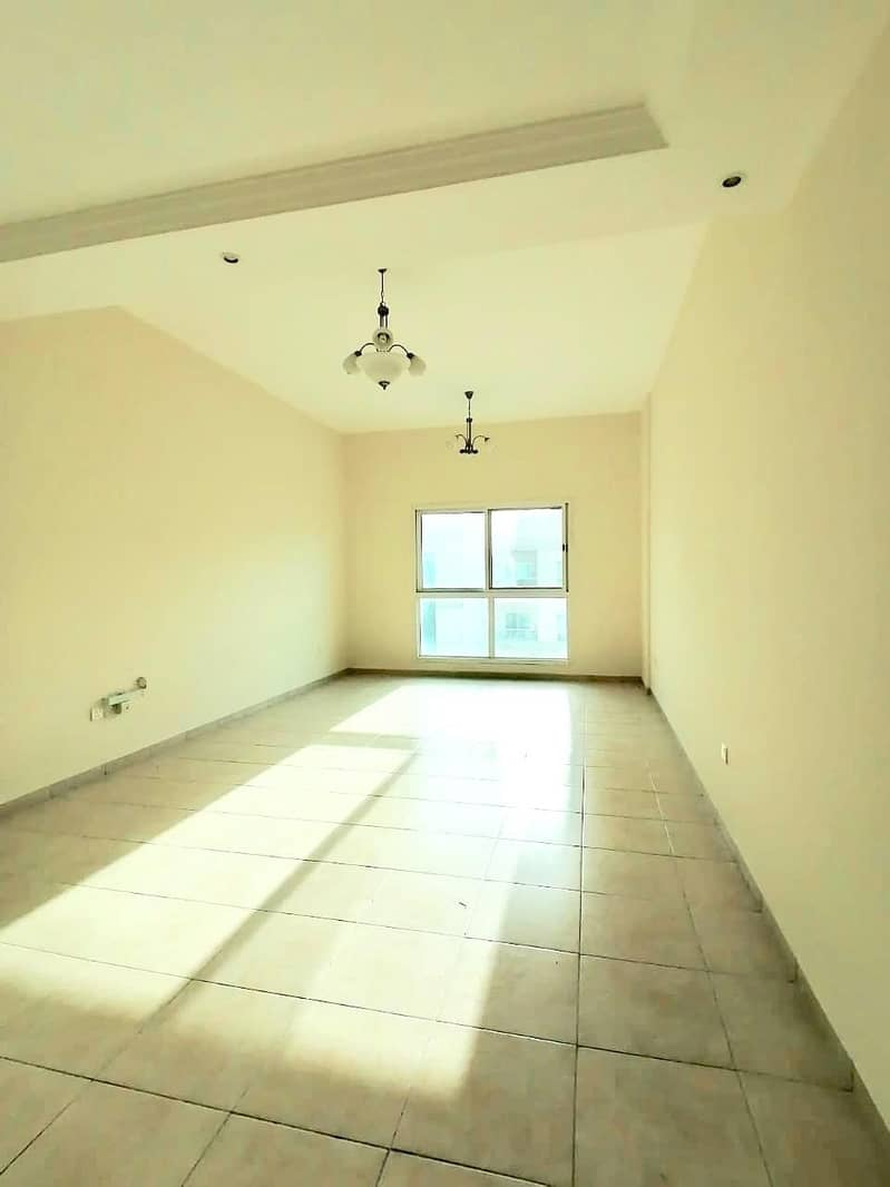 2 141 sq ft | Umm Hurair