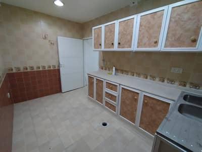 فلیٹ 3 غرف نوم للايجار في مدينة الفلاح، أبوظبي - شقة في مدينة الفلاح 3 غرف 48000 درهم - 4679975