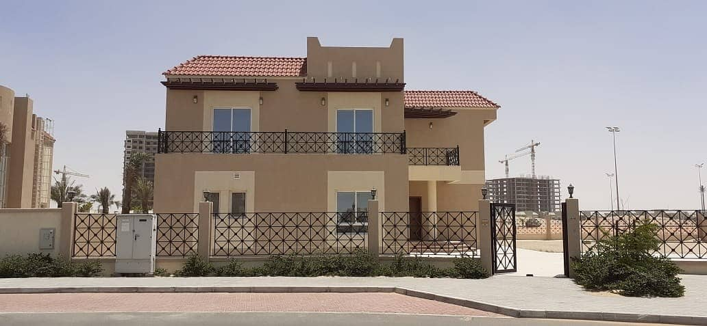 2 || Spacious Golf Course Landscaped View Six Bedroom Plus Maid ||