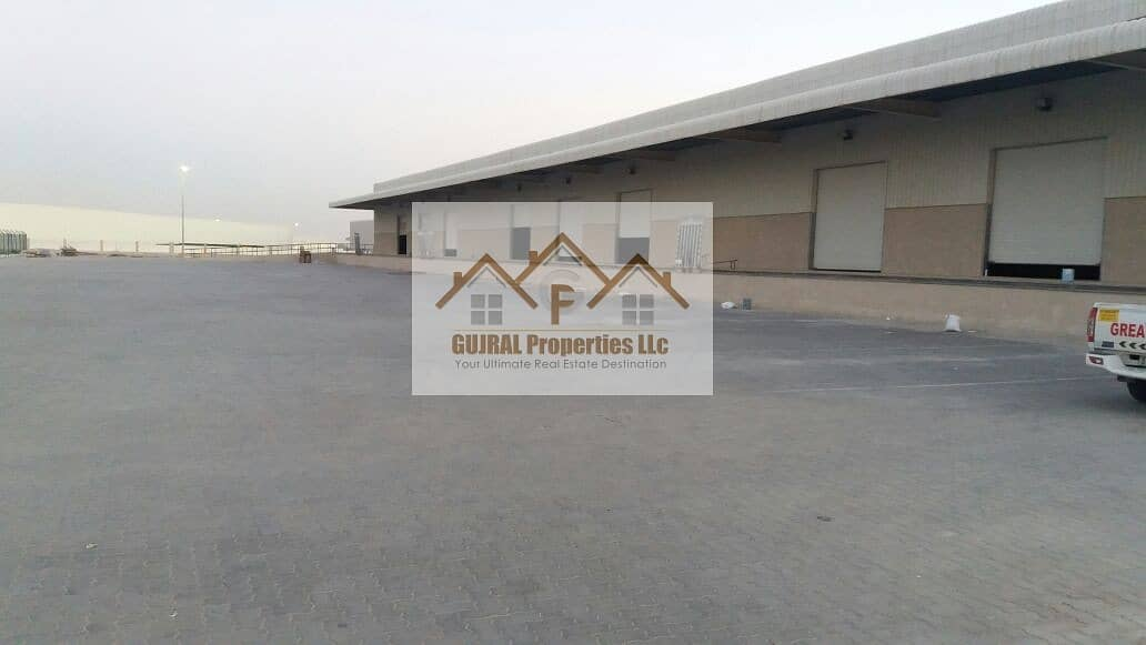 3 Chamber Warehouse for Sale   Huge Space
