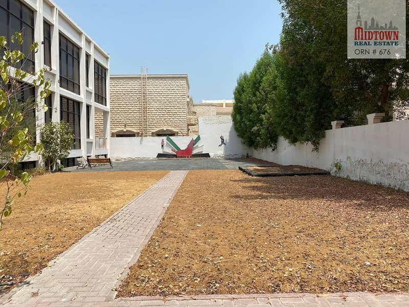 27 Specious Size B+G+1 Commercial villa available for rent in al safe 2 Jumeirah