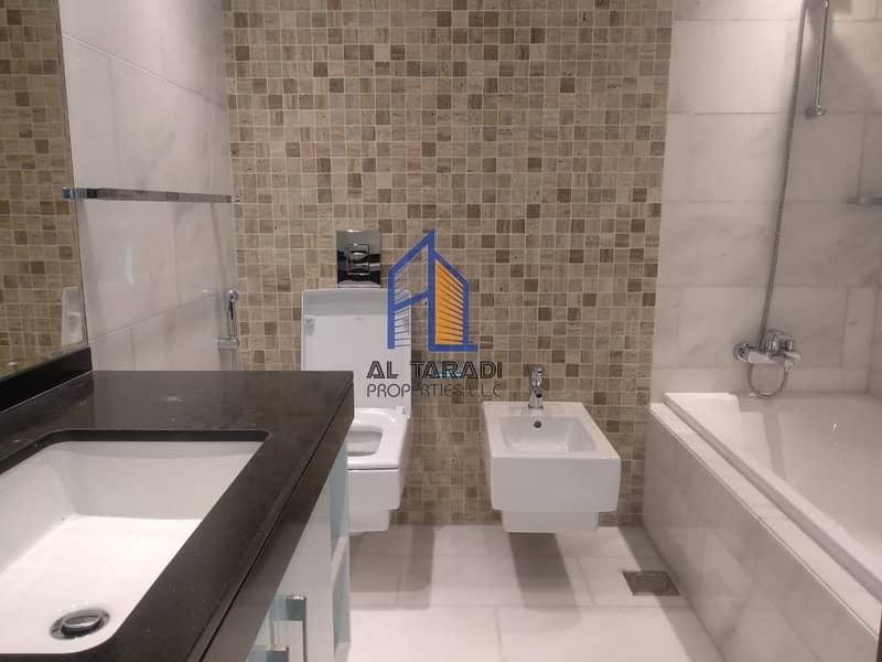 14 Duplex 5 Bedroom Apartment W/Sea View