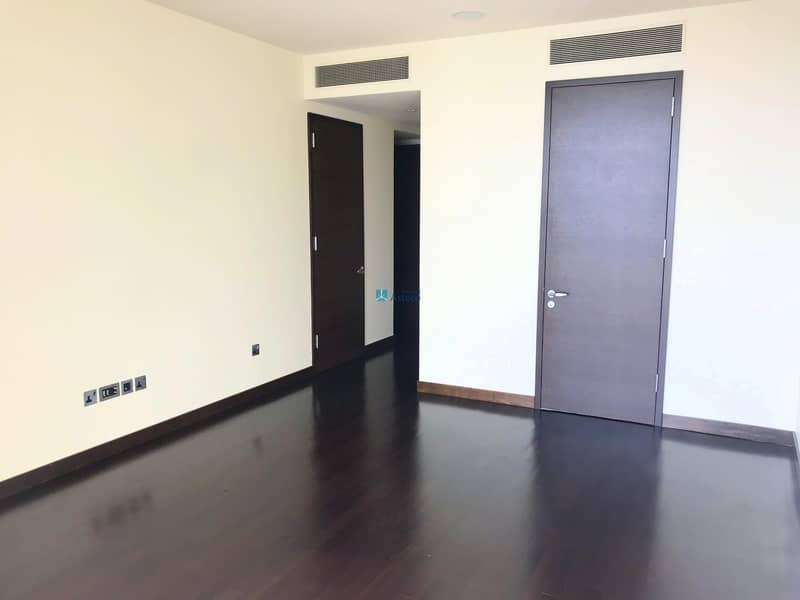 Beautiful 2BR | Amaziing View  | Wooden Flooring
