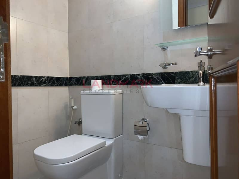 2 2 B/R  in TECOM For Rent
