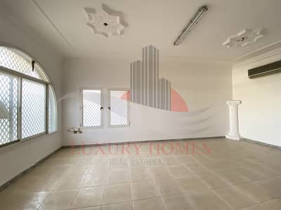 3 Bedroom Villa for Rent in Al Jimi, Al Ain - Affordable Private Entrance Villa with Garage